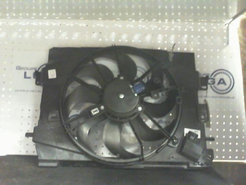 moto ventilateur radiateur renault clio iv essence. Black Bedroom Furniture Sets. Home Design Ideas