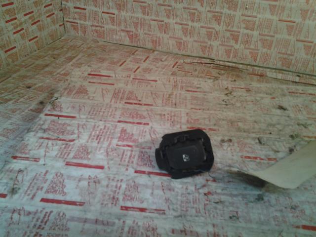 interrupteur de leve vitre renault laguna ii phase 1 diesel. Black Bedroom Furniture Sets. Home Design Ideas