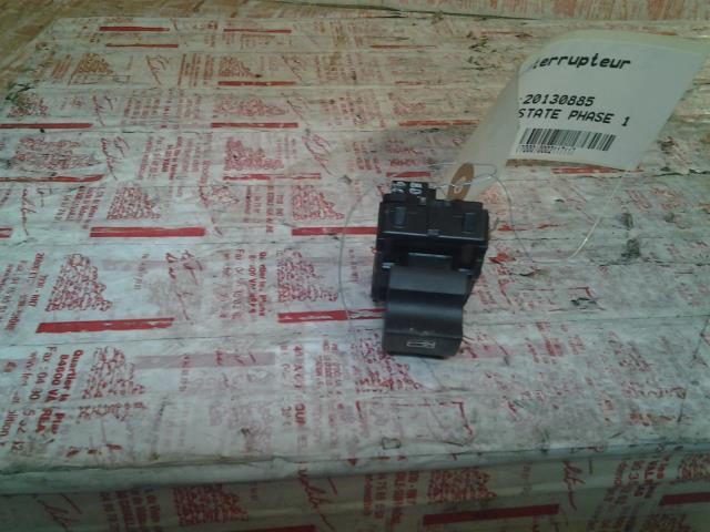 interrupteur de leve vitre renault megane iii estate phase 1 diesel. Black Bedroom Furniture Sets. Home Design Ideas