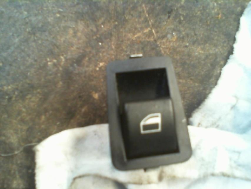 interrupteur de leve vitre arriere gauche bmw serie 3 (e46) diesel