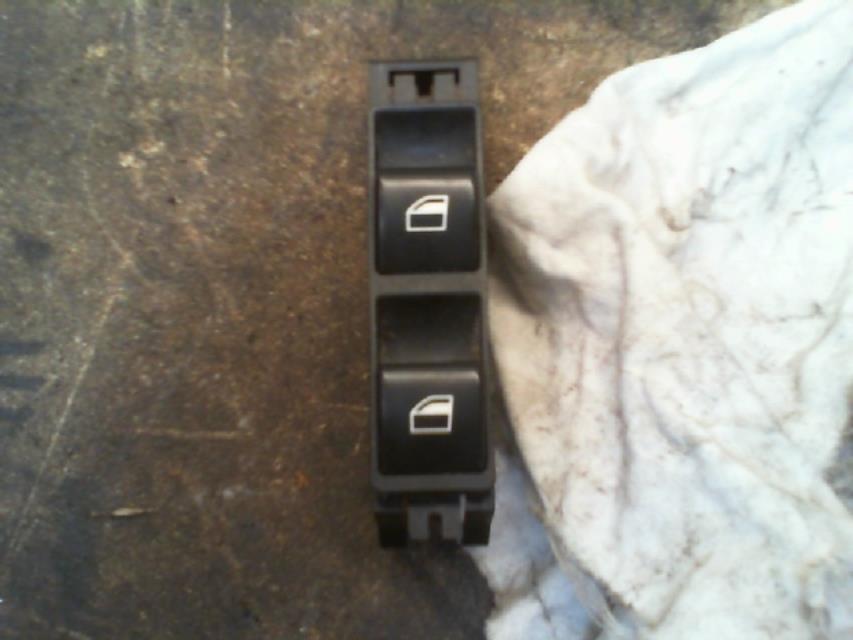 interrupteur de leve vitre avant droit bmw serie 3 (e46) diesel