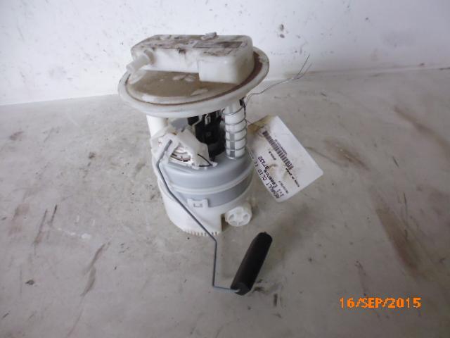 Pompe a essence clio 2 1.2 16v