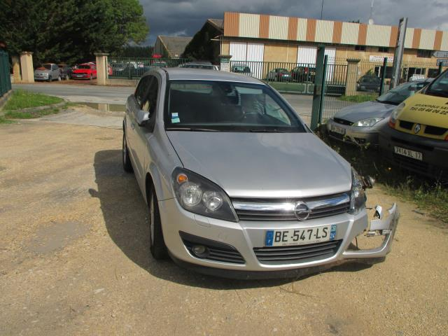 Probléme compresseur OPEL ASTRA 1,7 CDTI COSMO 2004  Opel  Mécanique /