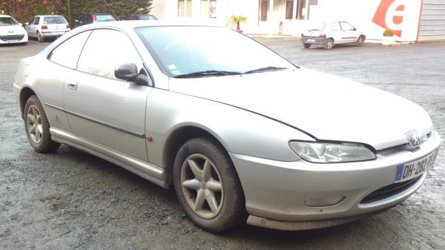 Poignee interieur avant droit peugeot 406 coupe essence for Interieur 406 coupe