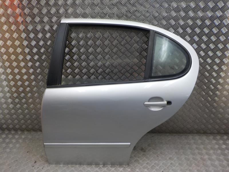 optique avant principal gauche feux phare seat leon diesel. Black Bedroom Furniture Sets. Home Design Ideas