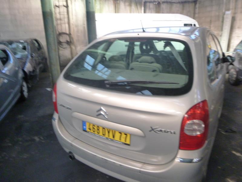 Porte avant gauche citroen xsara picasso phase 2 diesel for Porte xsara picasso occasion