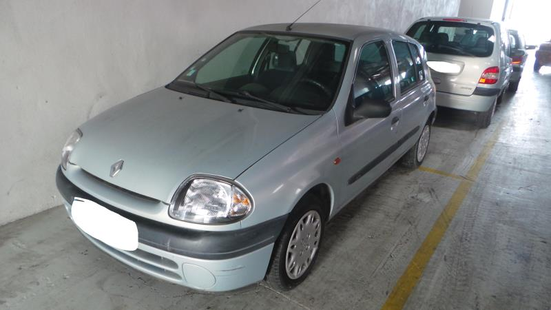 Boite a air RENAULT CLIO II PHASE 1 Essence