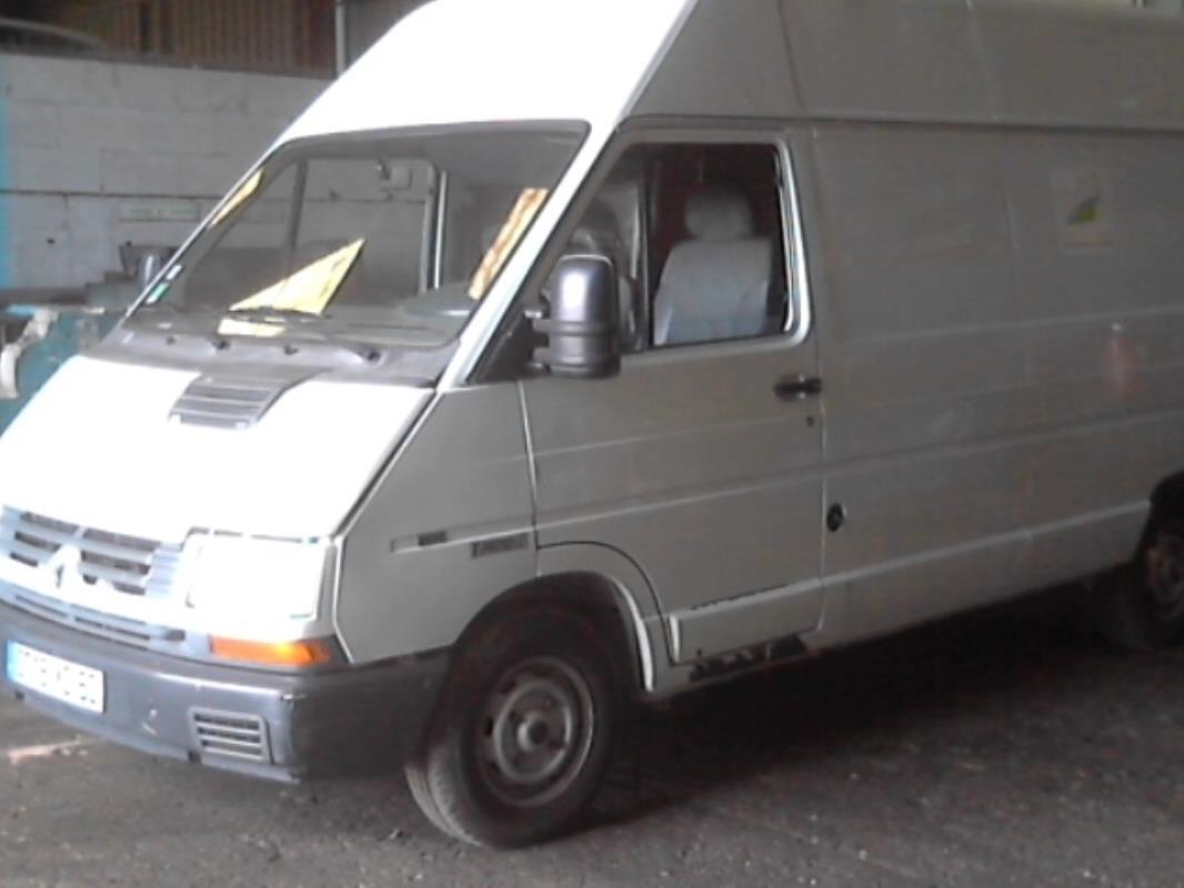 calandre renault trafic fourgon phase 3 diesel. Black Bedroom Furniture Sets. Home Design Ideas