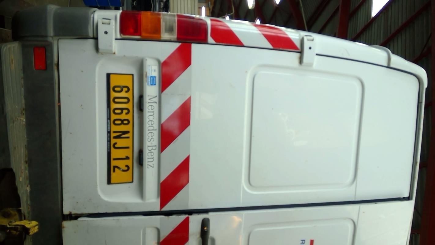 Porte de coffre gauche mercedes sprinter 901 905 fourgon diesel - Porte arriere mercedes sprinter ...