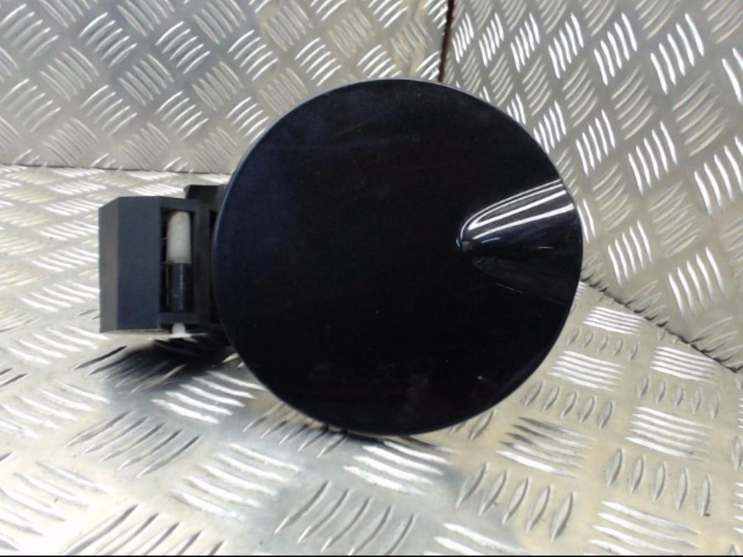 trappe d 39 essence alfa romeo 147 phase 1 diesel. Black Bedroom Furniture Sets. Home Design Ideas
