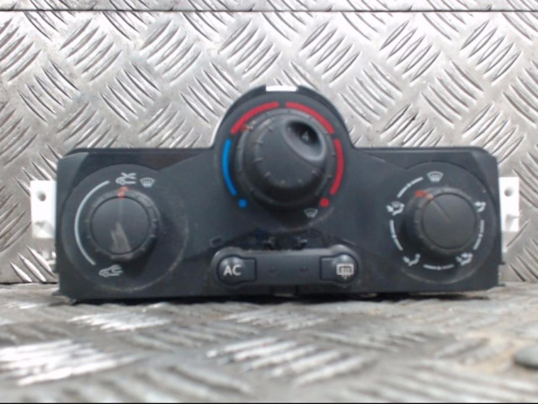 Commande chauffage climatisation manuelle RENAULT Mégane II 2