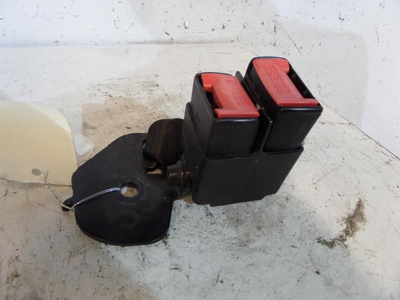 extrêmement unique officiel de vente chaude magasiner pour le meilleur Attache ceinture arriere droit RENAULT CLIO II PHASE 2 Diesel
