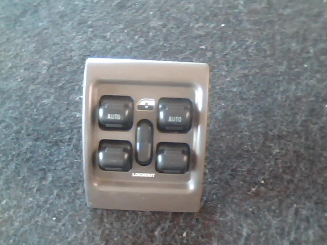 interrupteur de leve vitre bloc complet chrysler pt cruiser essence. Black Bedroom Furniture Sets. Home Design Ideas