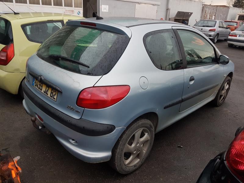 Vehicule-PEUGEOT-206-2-2001-fc7a26b8bf39ab407995c42d85f12de90ff3de00c851327fe56b98436018f4d2