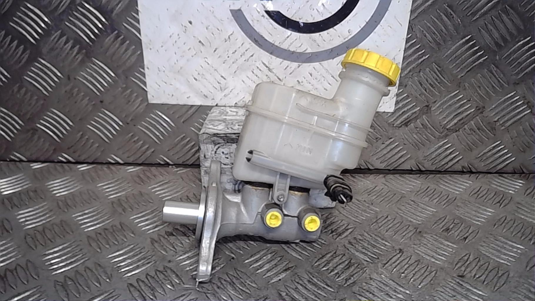 Maitre cylindre (freinage) FIAT 500 2 PHASE 1 Essence