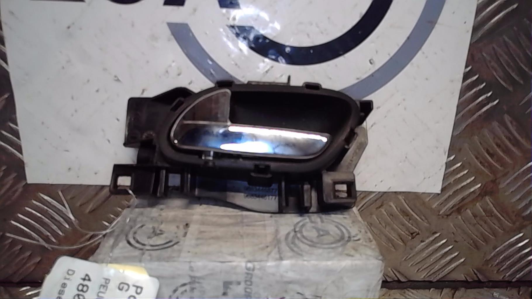 Poignee interieur avant gauche PEUGEOT 3008 PHASE 1 Diesel