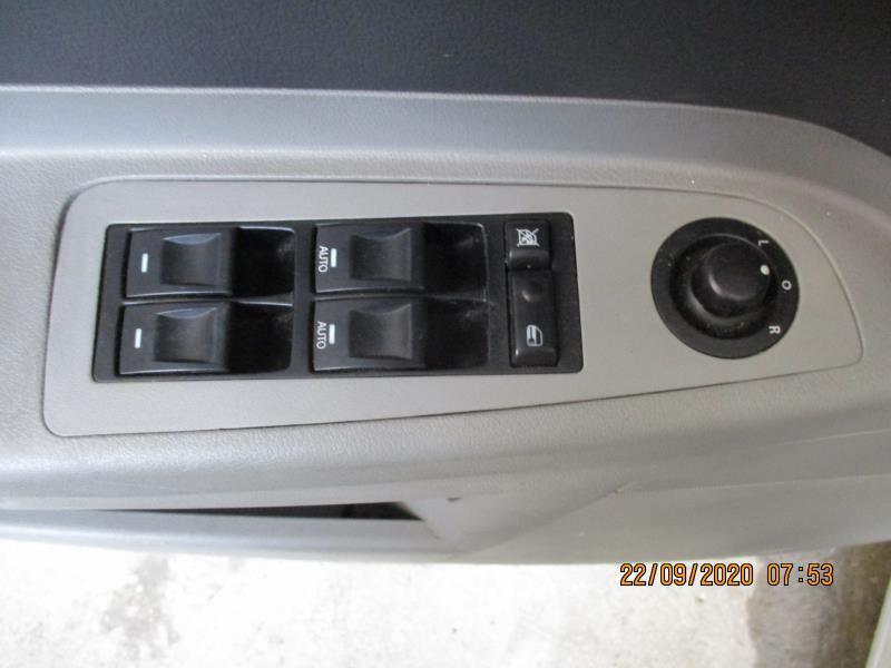 Interrupteur de leve vitre avant gauche CHRYSLER 300C PHASE 1 Diesel