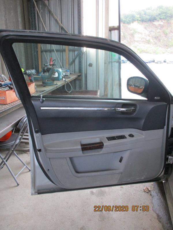 Leve vitre electrique avant gauche CHRYSLER 300C PHASE 1 Diesel