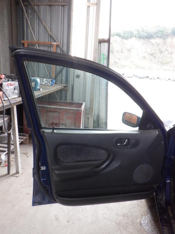 Leve vitre electrique avant gauche ROVER 200 2 Essence