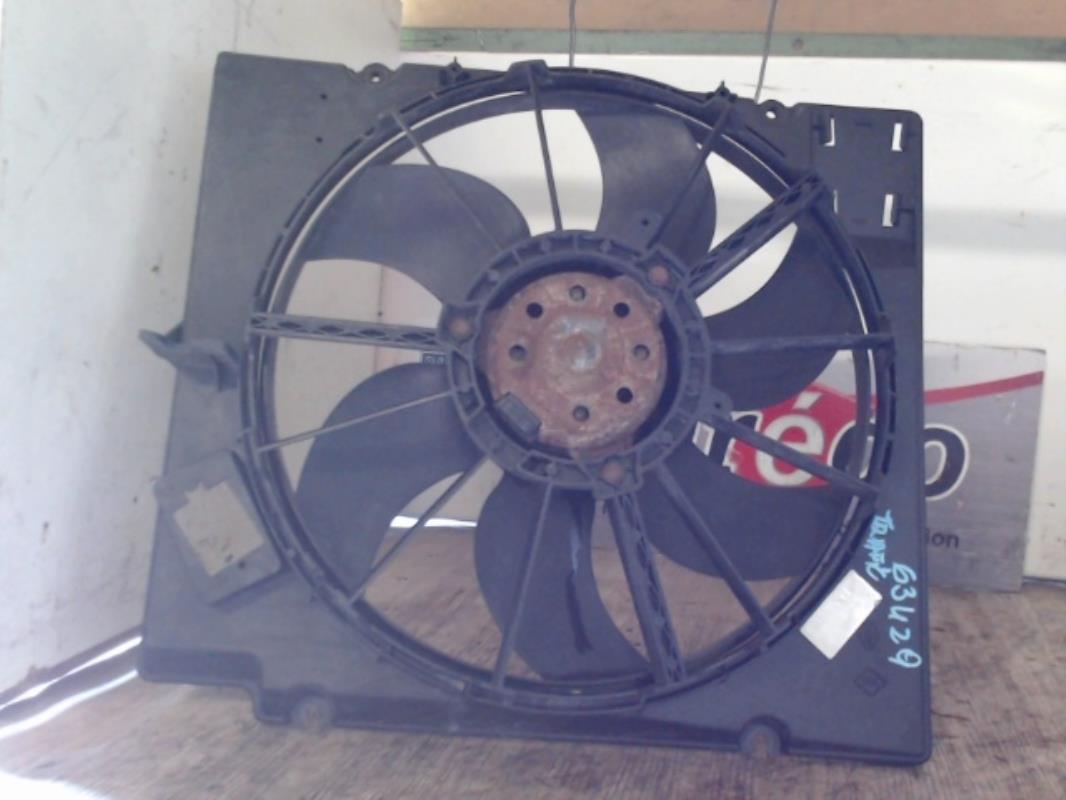 moto ventilateur radiateur d 39 occasion pour citroen c3 phase 1. Black Bedroom Furniture Sets. Home Design Ideas
