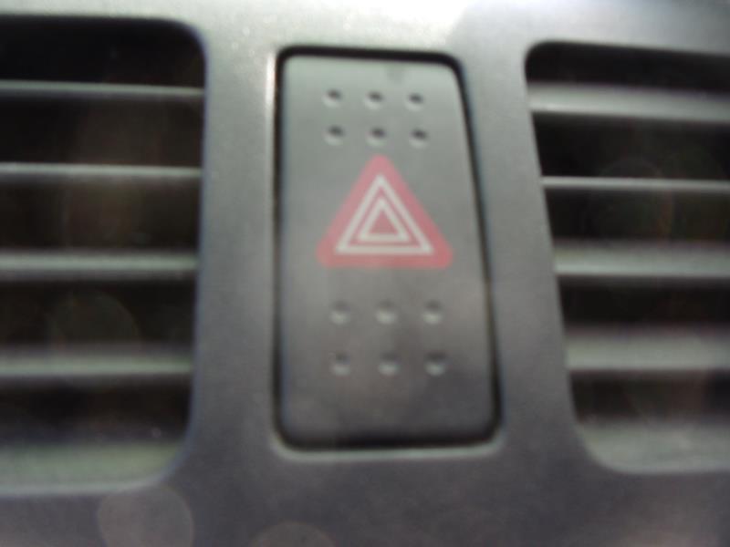 Bouton de warning SUZUKI SWIFT 3 Diesel