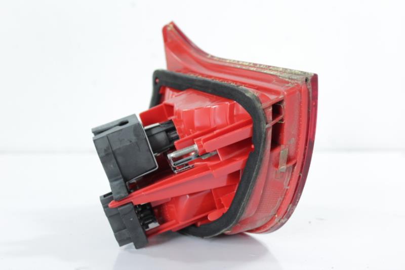 Feu arriere secondaire gauche (feux) AUDI A6 (C6) AVANT Diesel