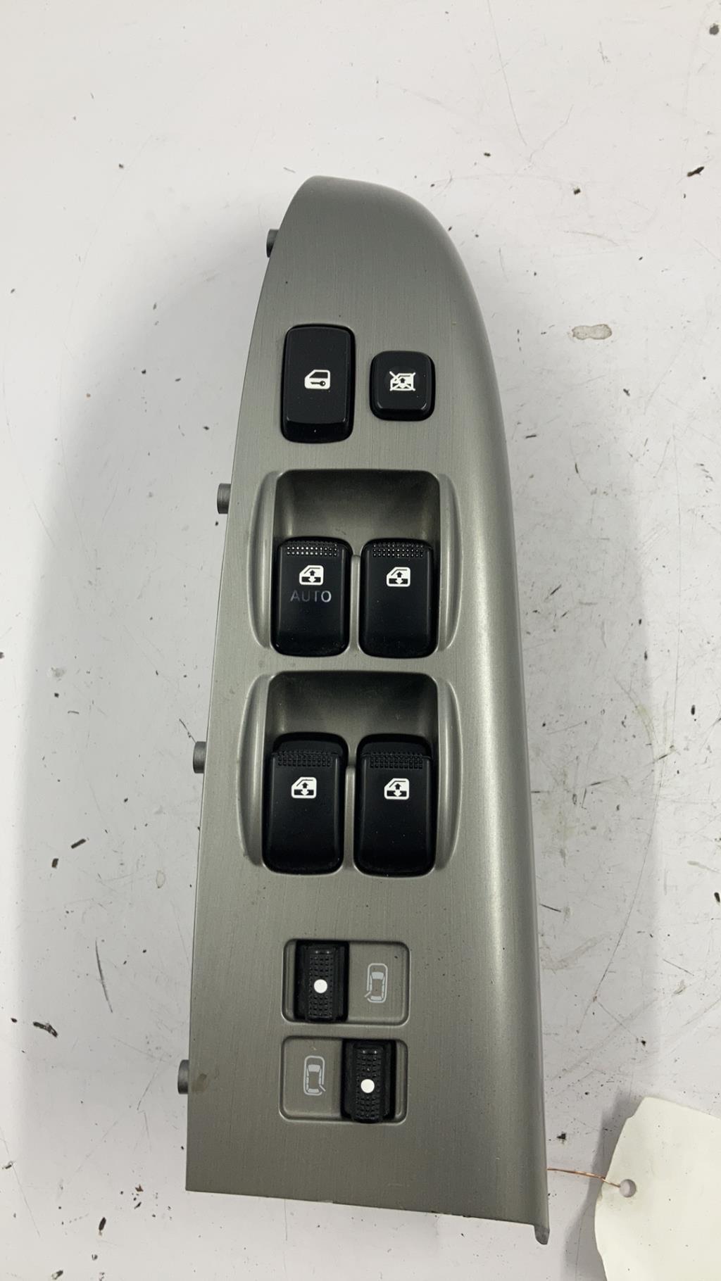 Bouton/Interrupteur KIA CARNIVAL 2 Diesel