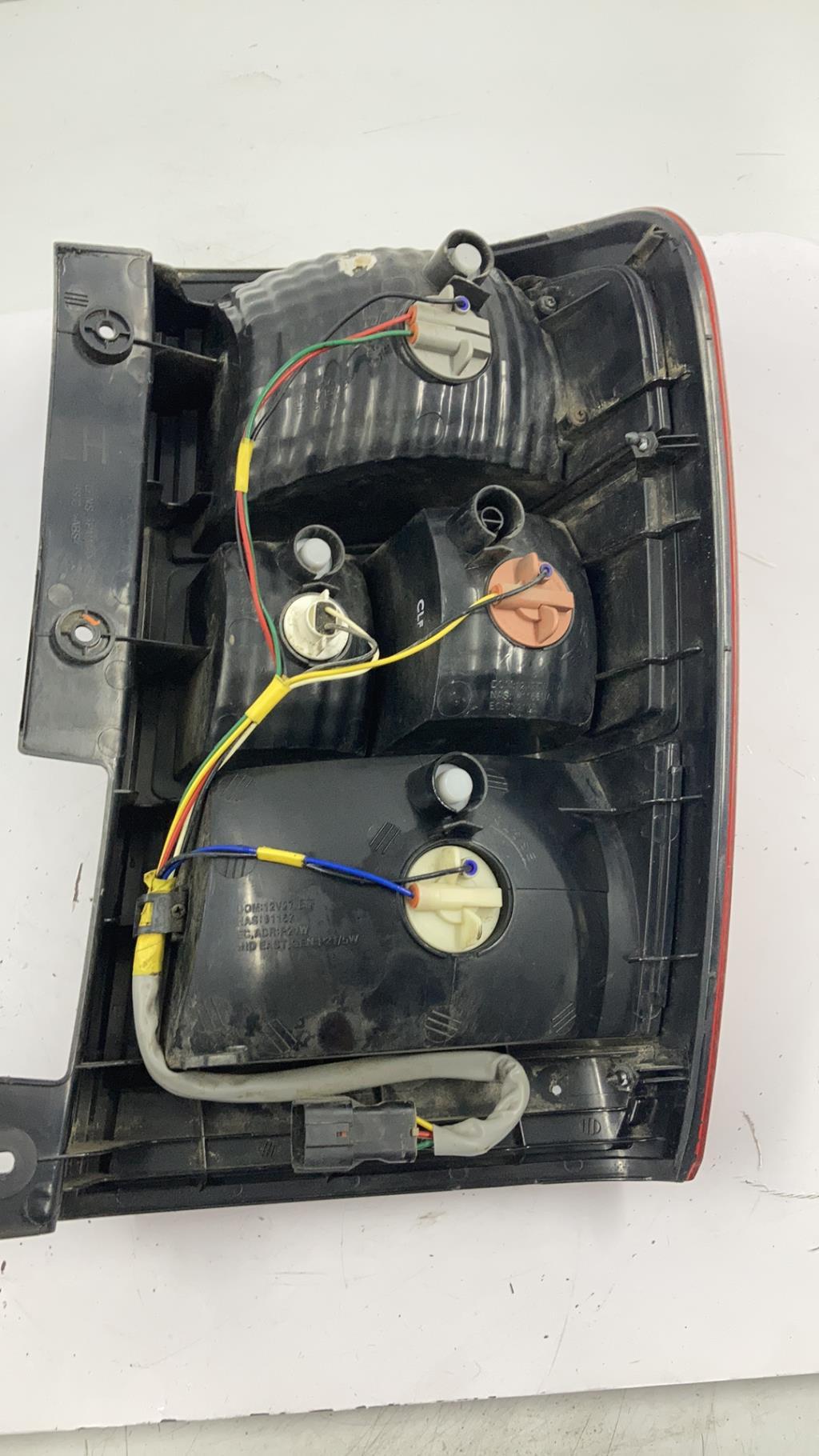 Feu arriere principal gauche (feux) KIA CARNIVAL 2 Diesel