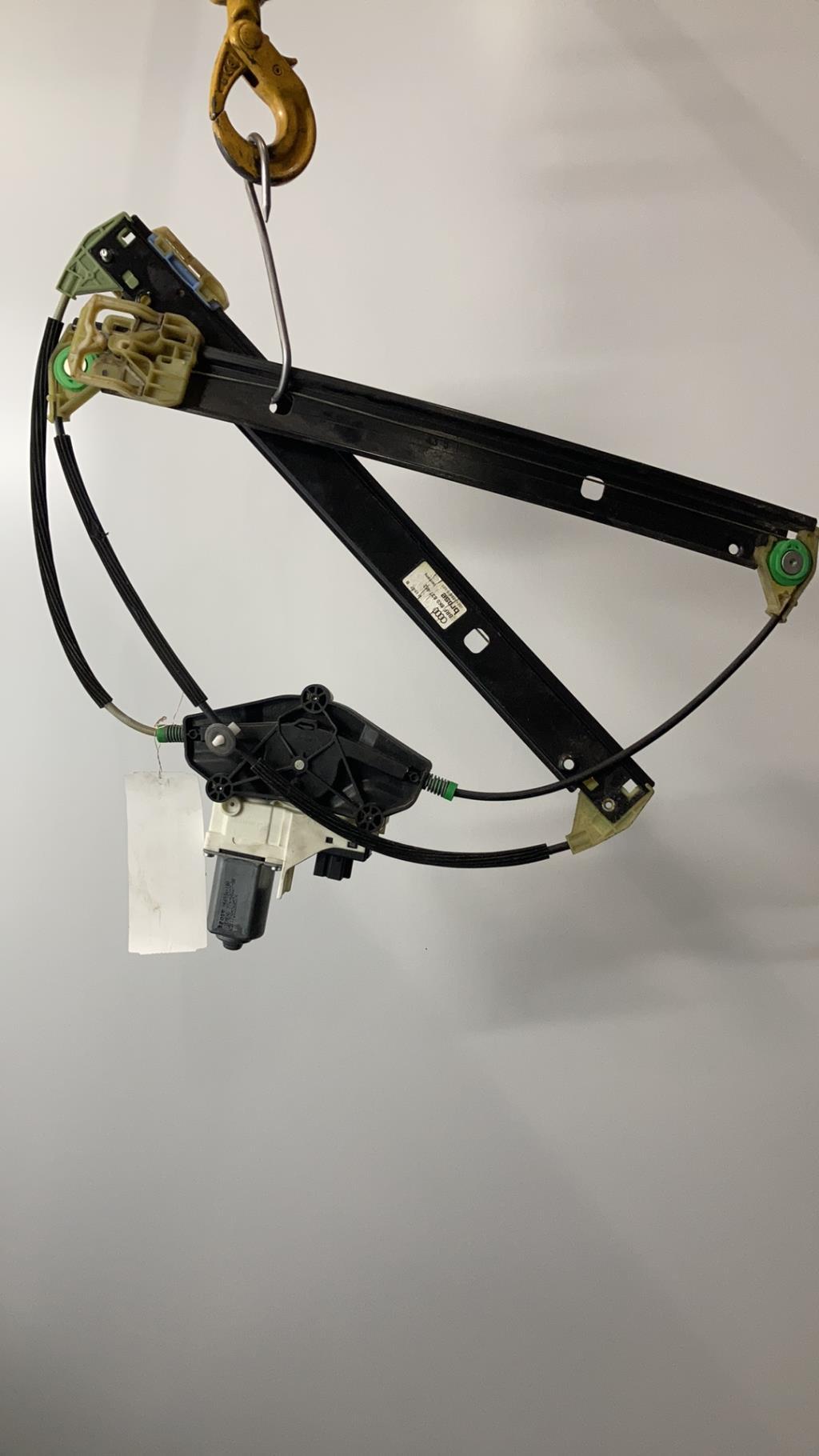 Leve vitre electrique avant droit AUDI A4 3 PHASE 1 Diesel