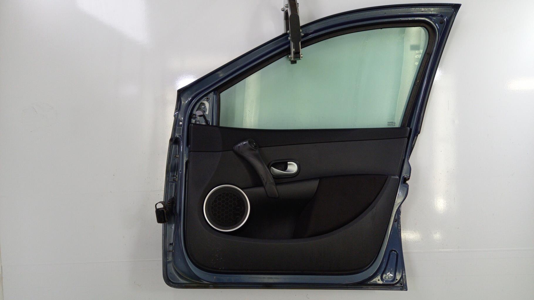 Porte avant droit RENAULT CLIO 3 PHASE 2 Diesel