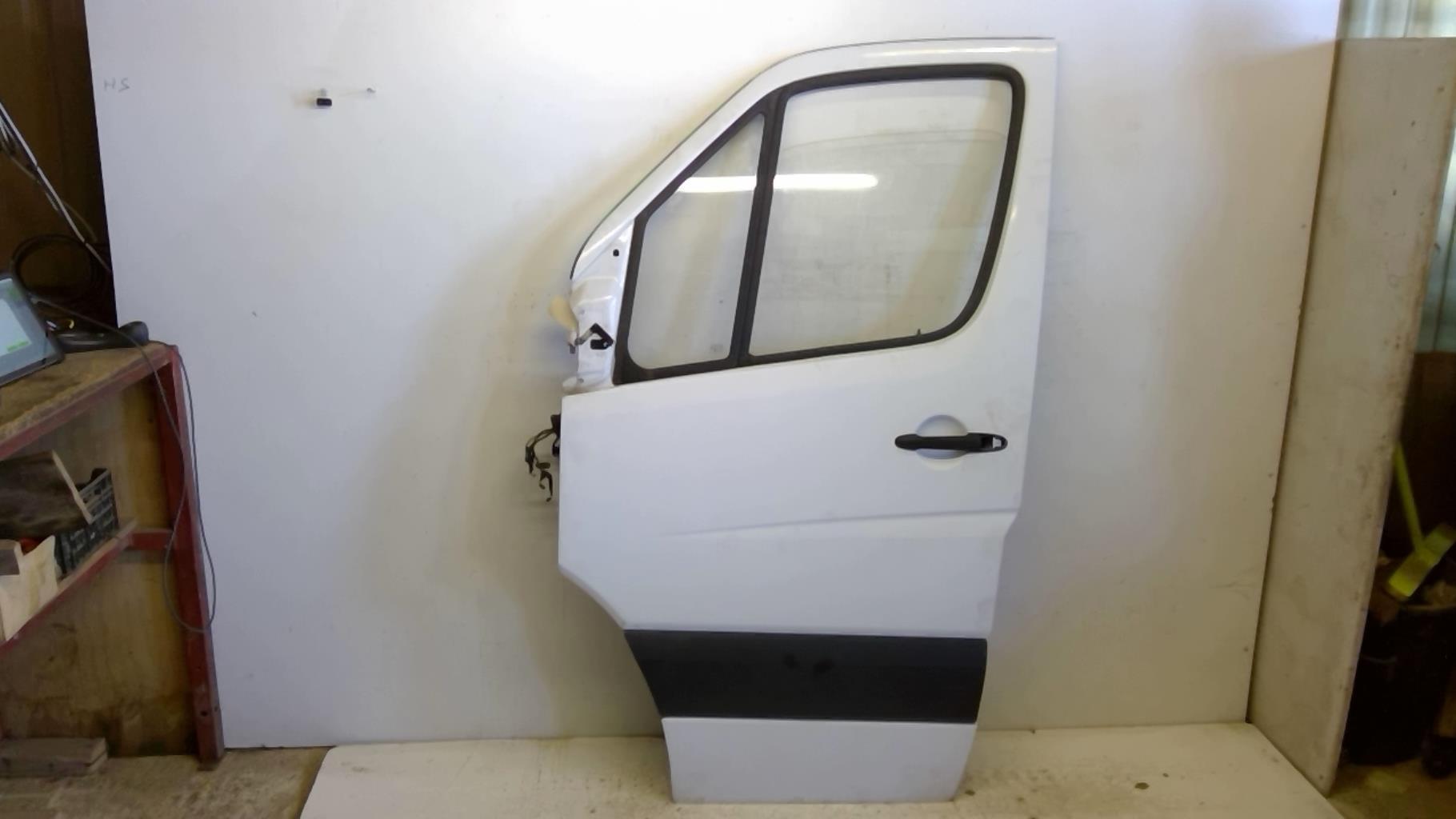 Porte avant gauche MERCEDES SPRINTER II Diesel