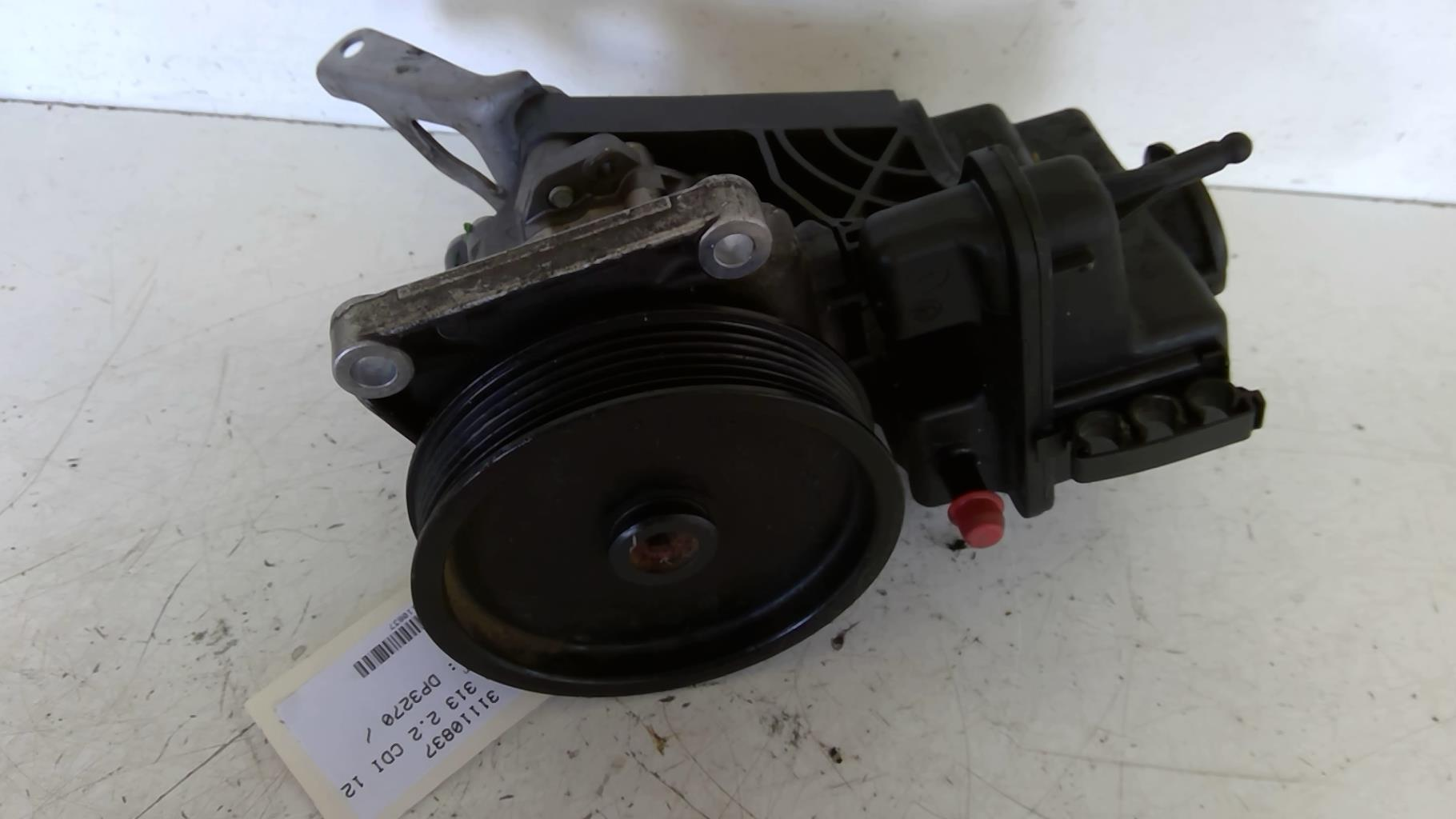 Pompe de direction MERCEDES SPRINTER II Diesel