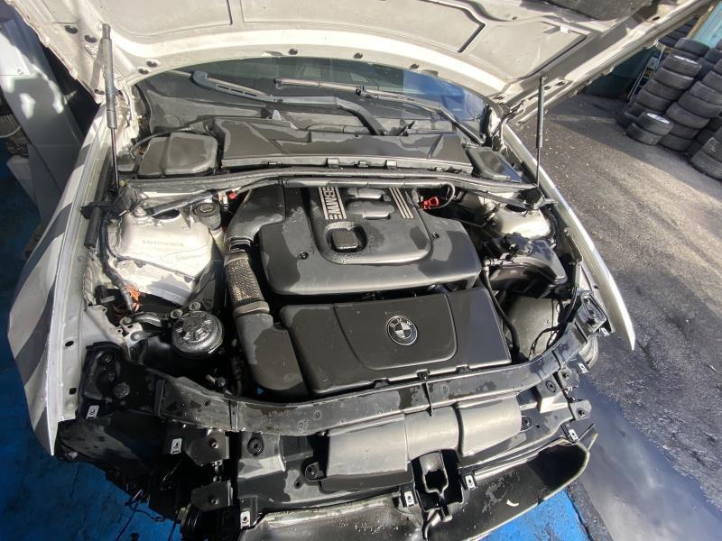 Radiateur huile BMW SERIE 3 E91 TOURING PHASE 1 BREAK Diesel