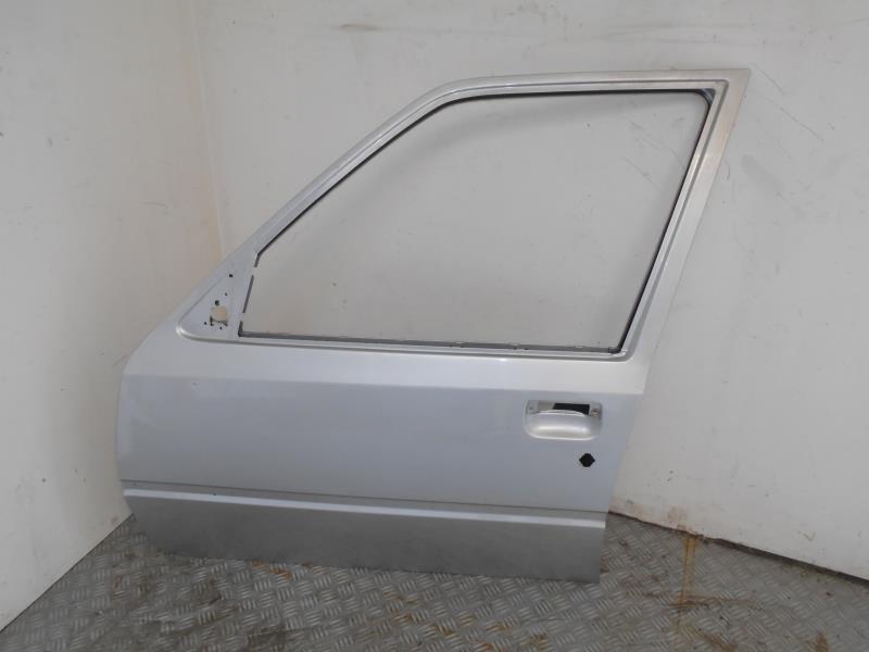 porte avant gauche d 39 occasion pour peugeot 205. Black Bedroom Furniture Sets. Home Design Ideas