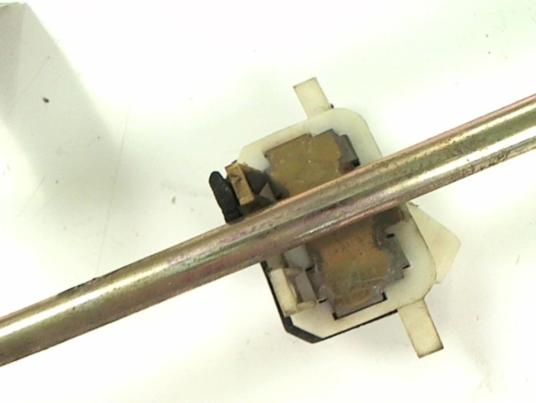 Image Leve vitre electrique avant gauche - RENAULT R19