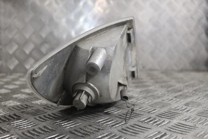 Image Optique avant secondaire gauche (feux)(clignotant) - MERCEDES VITO 638