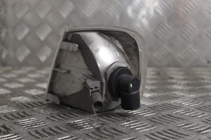 Image Optique avant secondaire droit (feux)(clignotant) - PEUGEOT 405
