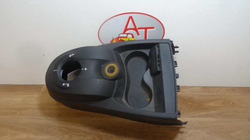 Console central (interieur plastique) RENAULT TWINGO II PHASE 1 Essence