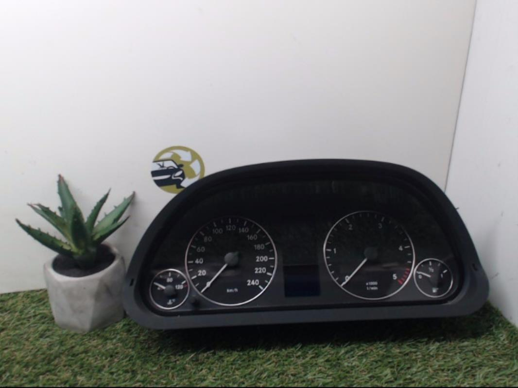 relais electrique mercedes classe a 169 diesel. Black Bedroom Furniture Sets. Home Design Ideas