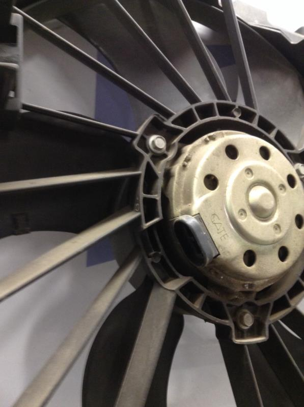 Moto ventilateur radiateur RENAULT GRAND SCENIC Essence