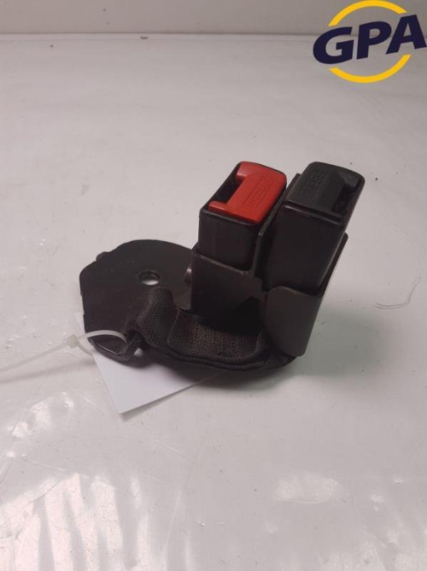 Attache ceinture arriere gauche RENAULT CLIO II PHASE 3 Essence
