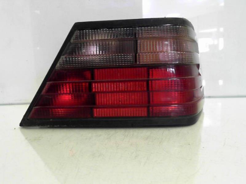 Feu arriere principal droit (feux) MERCEDES E250 Diesel