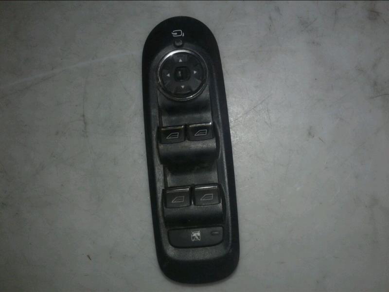 Interrupteur de leve vitre avant gauche FORD MONDEO III Diesel